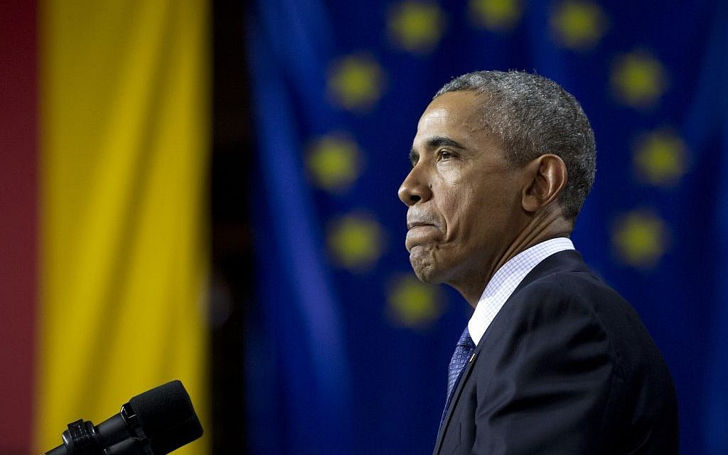 US President Barack Obama speaks in front of the European Union Flag at the Hannover Messe Trade Fair in Hannover, Germany, Monday April 25, 2016. Obama is on a two-day official visit to Germany. (AP Photo/Carolyn Kaster)