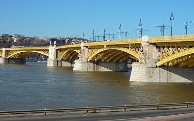 The Margaret Bridge in Budapest (CC-BY-SA VinceB/Wikimedia Commons)