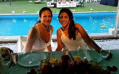 Vicky Escobar, left, and Romi Charur will be married at a synagogue in Argentina. (Facebook/JTA)
