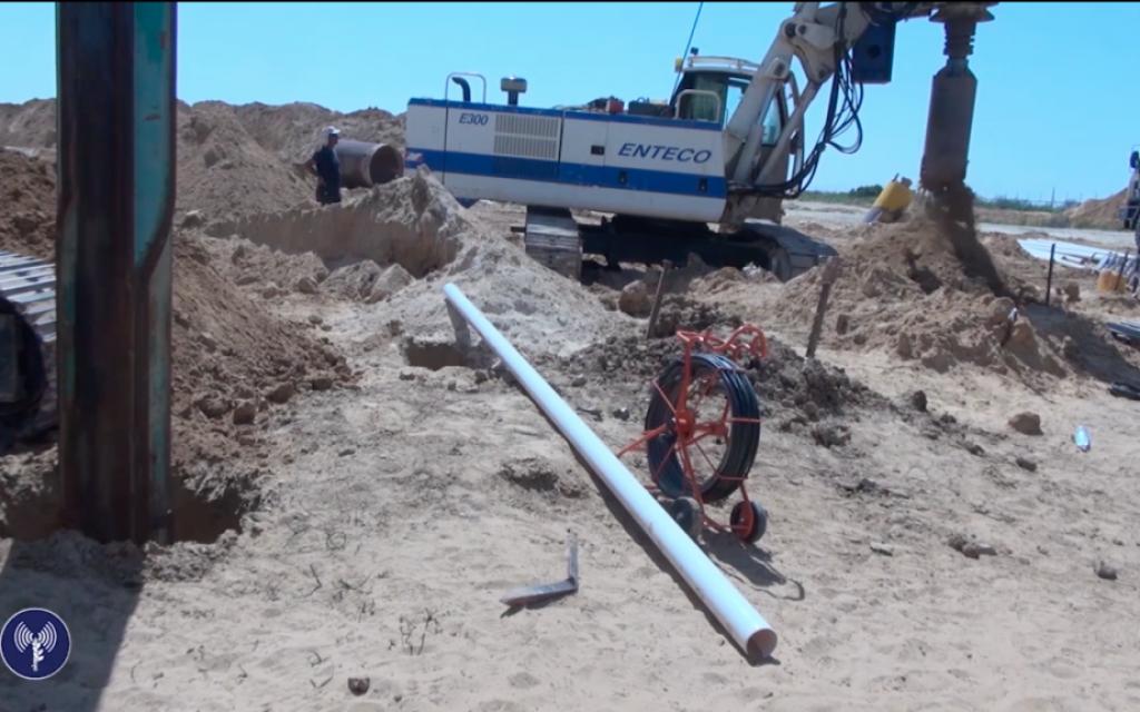 Israel bombar tunnlar i gaza