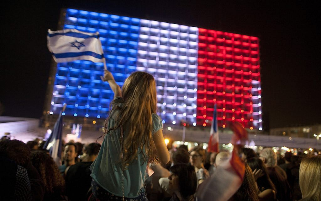 People gather to show solidarity with the victims of the Paris attacks in Tel Aviv's Rabin Square, Nov. 14, 2015. (Lior Mizrahi/Getty Images, via JTA)