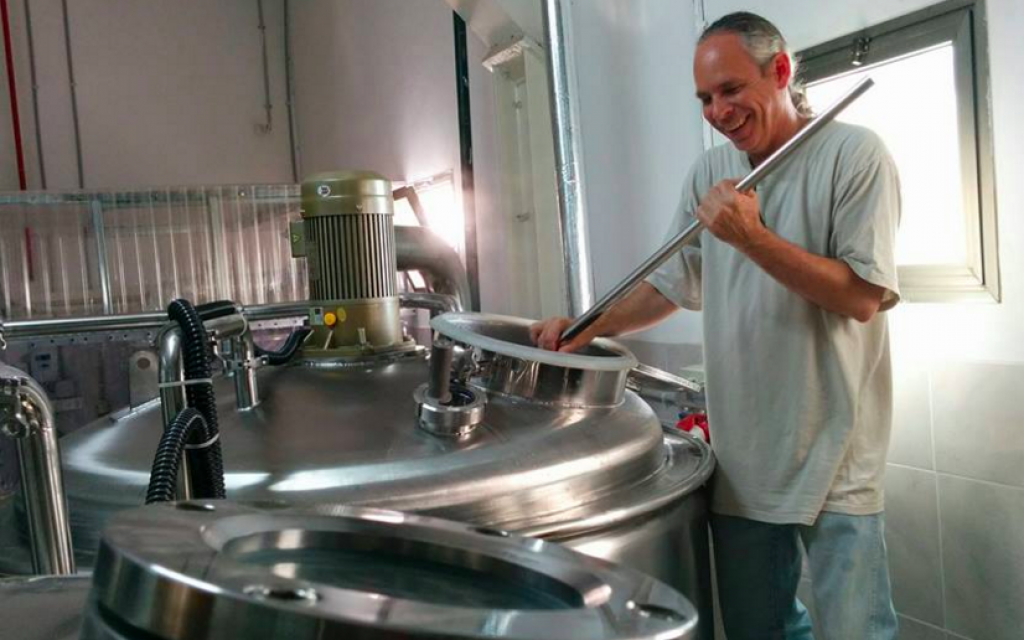 Gluten-free brewmaster Bryan Meadan stirs a batch of Meadan Ale (Courtesy Meadan Brewing)