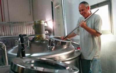 Gluten-free brewmaster Bryan Meadan stirs a batch of Meadan Ale (Courtesy Meadan Brewing)