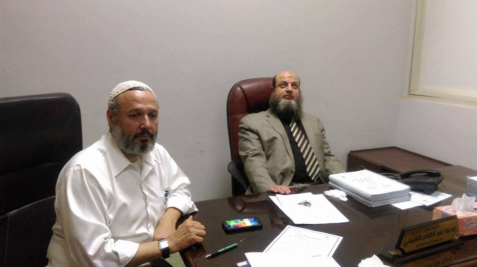 Dr. Omer Salem sitting next to Wageeh Abdel Qader El-Sheemy, a Professor of Sharia at Fayoum University and a member of the Salafi Nour party (Courtesy: Facebook Dr. Omer Salem)