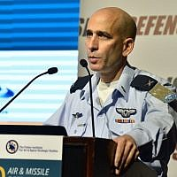 Brig.-Gen. Tal Kalman, chief of staff of the Israeli Air Force, discusses the changing threats against Israel during the Fisher Institute for Air and Space Strategic Studies' annual conference in Tel Aviv's Hilton Hotel on April 3, 2016. (The Fisher Institute)