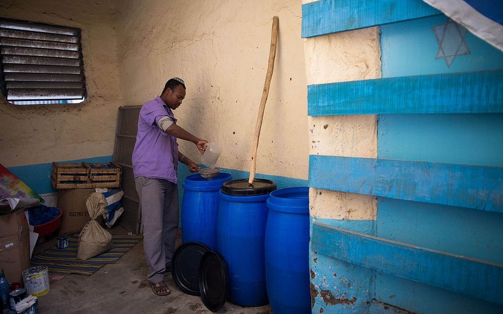 The Jewish community of Gondar, Ethiopia, makes its own wine for the seder out of fermented raisins. (Miriam Alster/Flash90)