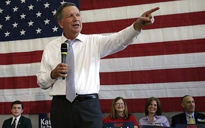Republican presidential candidate Ohio Governor John Kasich speaks during a town hall meeting in Rockville, Maryland on on April 24, 2016. (AFP Photo/Yuri Gripas)