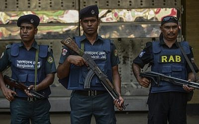 Illustrative: Bangladeshi security personnel stand guard outside a jail in Dhaka on May 10, 2016. (AFP PHOTO / STR)