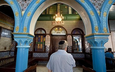 Chief executive of Liberal Judaism in the United Kingdon Rabbi Danny Rich  at the Ghriba synagogue in the Tunisian resort island of Djerba during the annual Jewish Lag B'Omer pilgrimage, May 25, 2016. (AFP Photo/Fethi Belaid)