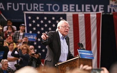 Bernie Sanders, Democratic presidential candidate, speaking at a campaign rally at California Sate University, Dominguez Hills in Carson, California, May 17, 2016. (Jim Steinfeldt/Getty Images)
