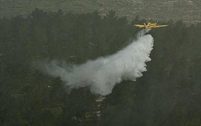 Illustrative photo of an Israeli fire-fighting plane, March 29, 2012. (Omer MironFLASH90.