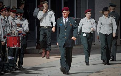 Deputy IDF Chief of Staff Yair Golan arrives at a farewell ceremony for former defense minister Moshe Ya'alon at army headquarters in Tel Aviv on May 22, 2016. (Miriam Alster/Flash90)