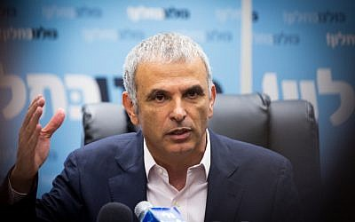 Kulanu party leader and Finance Minister Moshe Kahlon speaks during a party faction meeting at the Knesset, on May 23, 2016. (Miriam Alster/Flash90)