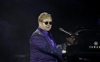 British singer and musician Sir Elton John performs in Tel Aviv on May 26, 2016. (Photo by Miriam Alster/Flash90)