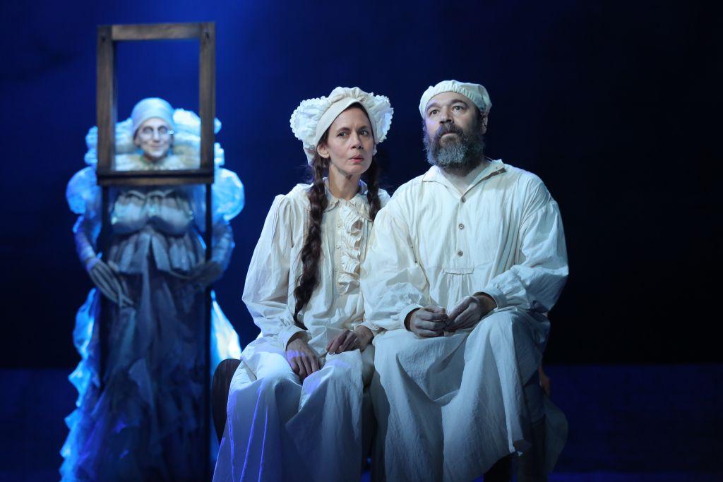 'Fiddler on the Roof' stars Danny Burnstein (Tevye) and Jessica Hecht (Golde). (courtesy)