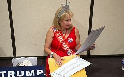 Annie Spiczak, of Peoria, looks at her ballot for selecting delegates to the Republican National Covention during the Arizona Republican 2016 state convention at the Mesa Convention Center on Saturday, April 30, 2016. (Cheryl Evans/The Arizona Republic via AP)