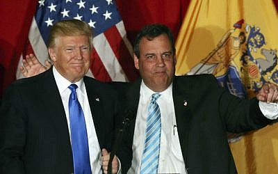 Republican presidential candidate Donald Trump (left) and New Jersey Gov. Chris Christie at a campaign event in Lawrenceville, New Jersey, May 19, 2016 (AP/Mel Evans)