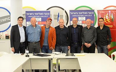 Amir Raveh (third from right) with members of the Israel Olympic Committee (Courtesy)