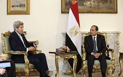 Egyptian President Abdel-Fattah el-Sissi, right, meets with US Secretary of State John Kerry at the presidential palace in Cairo, Egypt, Wednesday, May 18, 2016. (AP Photo/Amr Nabil)