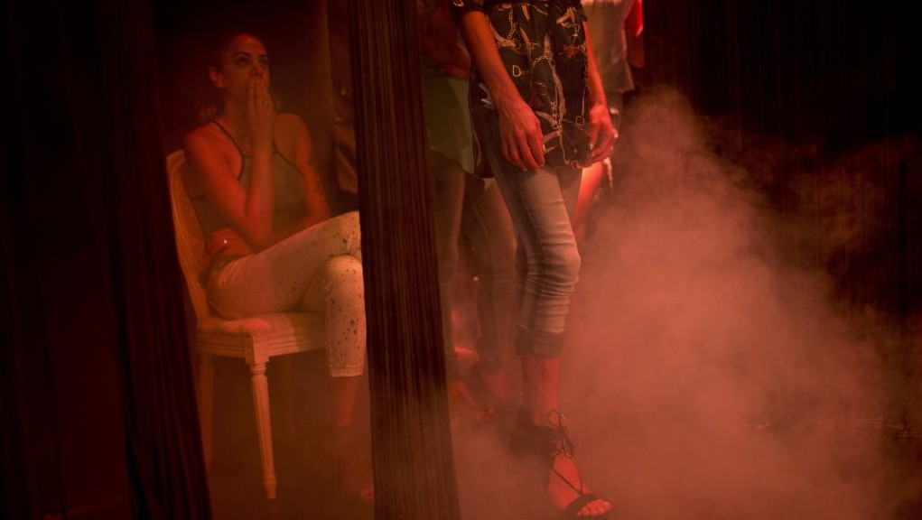 Contestants in the first Miss Trans Israel beauty pageant, practice the walk on the stage during rehearsal in Tel Aviv, Israel, Thursday, May 26, 2016. (AP Photo/Oded Balilty)