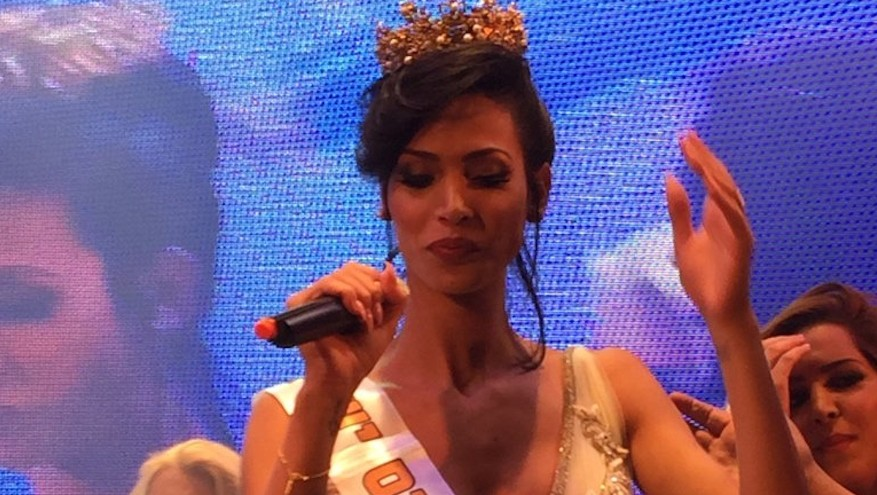 Talleen Abu Hanna reacting to being crowned Miss Trans Israel in Tel Aviv, May 27, 2016. (Breaking News, via JTA)