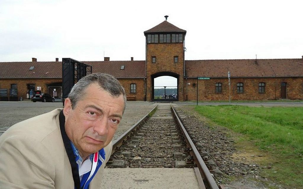Philippe Mora filming 'German Sons' 2010 (courtesy of 3 Days in Auschwitz)