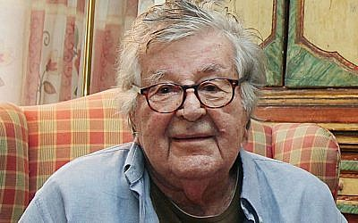 Film producer Gene Gutowski at his home in Warsaw, Poland, October 14, 2014. (AP Photo/Czarek Sokolowski)
