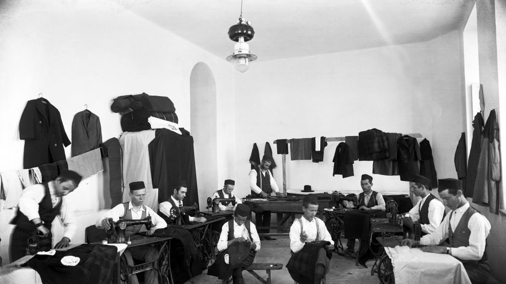 Orphans busy tailoring at the Diskin Great Orphanage in Givat Shaul (Courtesy Tsadok Bassan/Central Zionist Archives)