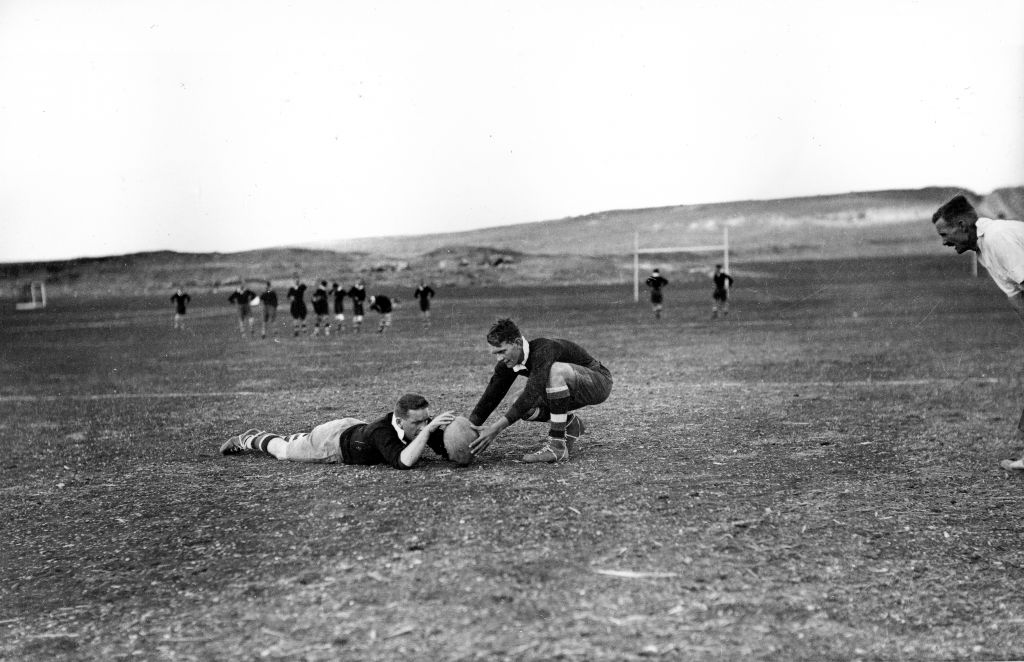A rugby match between the Jerusalem Police and the Northern Police, circa 1933 (Courtesy Zvi Orushkes/Central Zionist Archives)