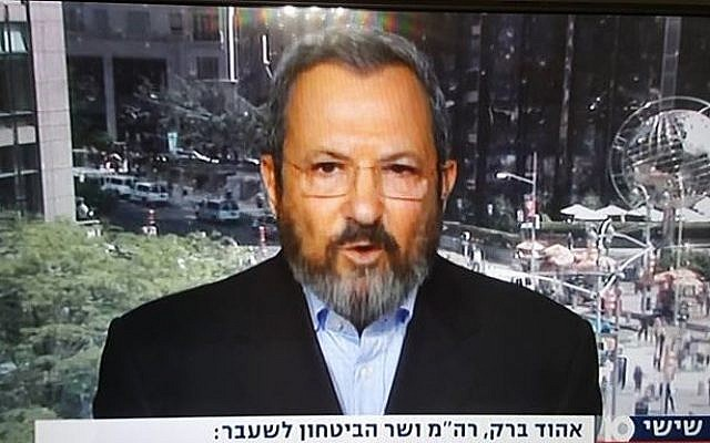 Former prime minister Ehud Barak being interviewed by Channel 10 on May 20, 2016. (Screen capture Channel 10)