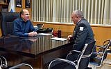 Outgoing Defense Minister Moshe Ya'alon meets with IDF Chief of General Staff Gadi Eisenkot in his Tel Aviv office on Sunday, May 22, 2016 (Ariel Hermoni/Defense Ministry)