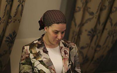 Deborah Rivka Pinto, wife of celebrity rabbi Yoshiyahu Pinto, October 1, 2014. (Nati Shohat/Flash90)