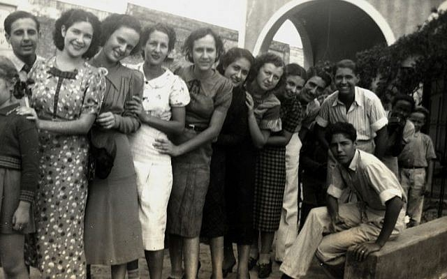 Isabel Schiller (seventh from right) and friends in Cuba. (Courtesy)