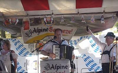 Oktoberfest 2013 at the Platzl Brauhaus in Pomona, New York. (YouTube screenshot )