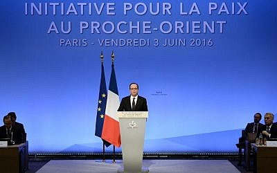 French President Francois Hollande speaks during an interministerial meeting in a bid to revive the Israeli-Palestinian peace process, in Paris, France, on June 3, 2016. (AFP/Stephane de Sakutin, Pool)