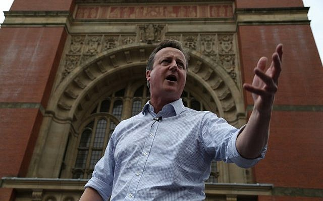 Britain's Prime Minister David Cameron delivers a speech campaigning for people to vote to remain in the EU, in Birmingham, England, on June 22, 2016. (AFP/Geoff Caddick/Pool)