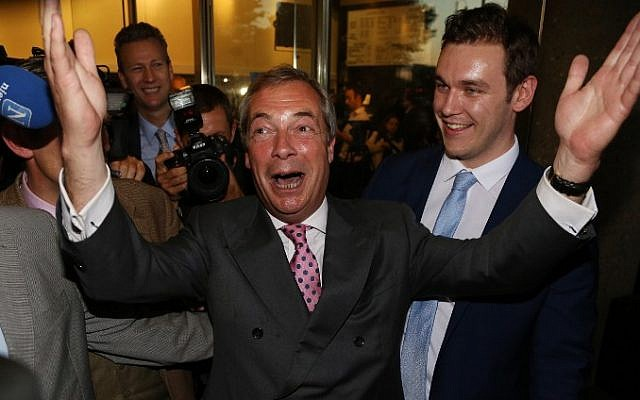 Leader of the United Kingdom Independence Party (UKIP), Nigel Farage reacts outside the Leave.EU referendum party at Millbank Tower in central London on June 24, 2016, as results indicate that it looks likely the UK will leave the European Union (EU). (AFP PHOTO / GEOFF CADDICK)