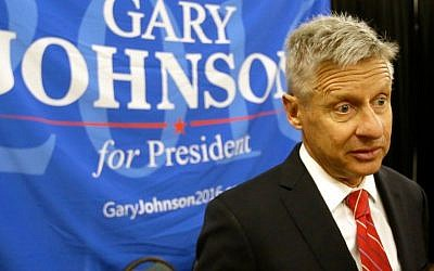 Libertarian presidential candidate Gary Johnson speaks at the National Libertarian Party Convention, in Orlando, Florida, May 27,2016  (AP Photo/John Raoux, File)