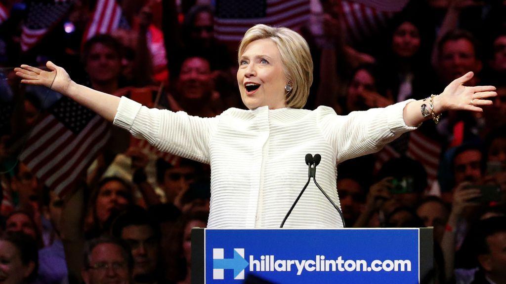 DEM-2016-Clinton_Horo-4.jpg