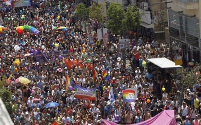 Tens of thousands participate at the annual Gay Pride Parade in Tel Aviv, on June 3, 2016. (Miriam Alster/Flash90)