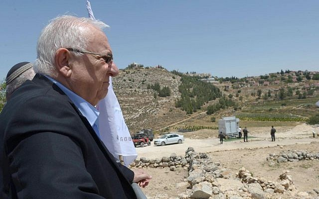 President Reuven Rivlin visits the Binyamin Regional Council in the West Bank on Monday, June 6, 2016 (Mark Neiman/GPO)