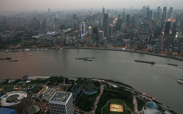 Illustrative view of Shanghai. (Liron Almog/Flash90)