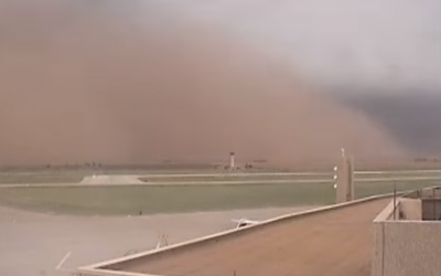 A haboob dust storm engulfs Lubbock International Airport in Texas on May 29, 2016. (Screen Capture: YouTube)