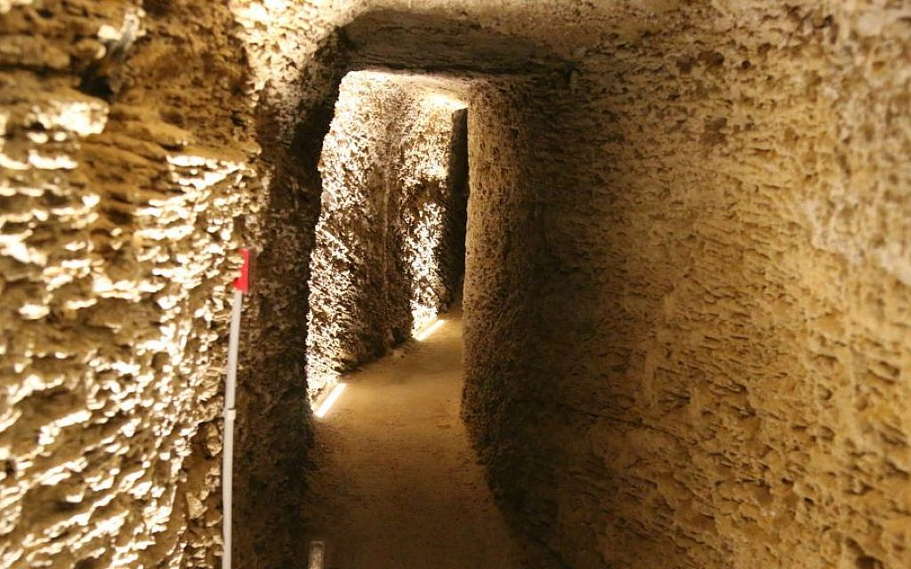 Sarona's original residents produced wine and stored it in underground cellars. (Shmuel Bar-Am)