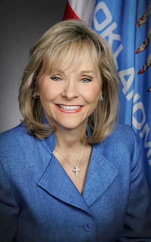 Mary Fallin (via Wikipedia)