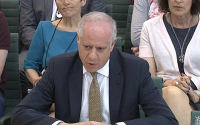 Board of Deputies chief Jonathan Arkush appears before a parliamentary inquiry into anti-Semitism in London on June 14, 2016 (screen capture: parliamentlive.tv)