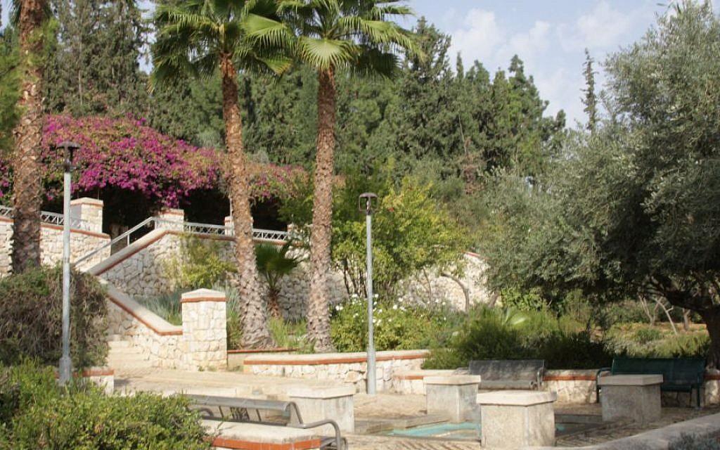 Gan Ha'ir (City Garden), established in 1892. (Shmuel Bar-Am)