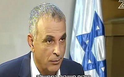 Moshe Kahlon, Kulanu leader, interviewed on Channel 2, June 4, 2016. (Screenshot/Channel 2)