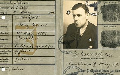 'Kennkarte' (Identity card issued to Max Reinhold), March 1939. (Courtesy The Museum of World War II, Boston/New-York Historical Society)