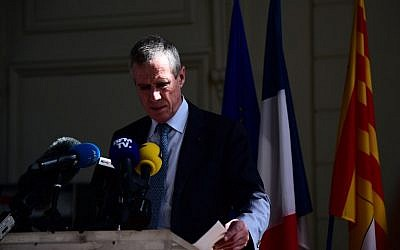 French anti-terrorism prosecutor Francois Molins delivers a press conference at the courthouse of Nice on July 15, 2016, a day after a gunman smashed a truck into a crowd of revellers celebrating Bastille Day, killing at least 84 people. (AFP PHOTO/GIUSEPPE CACACE)